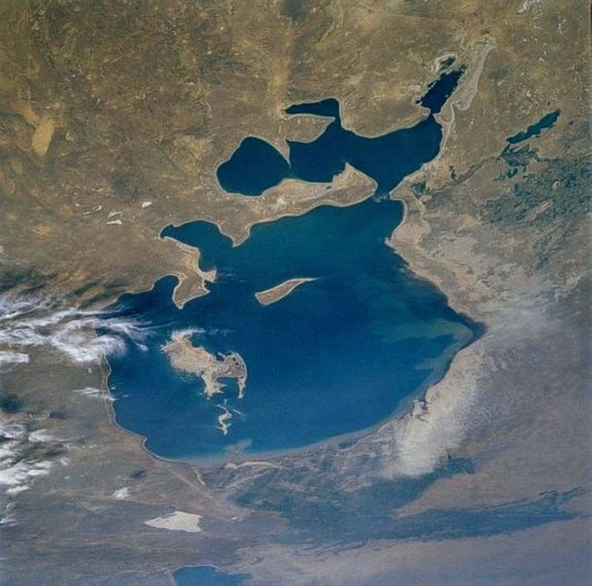 Dying Aral Sea Photos 6