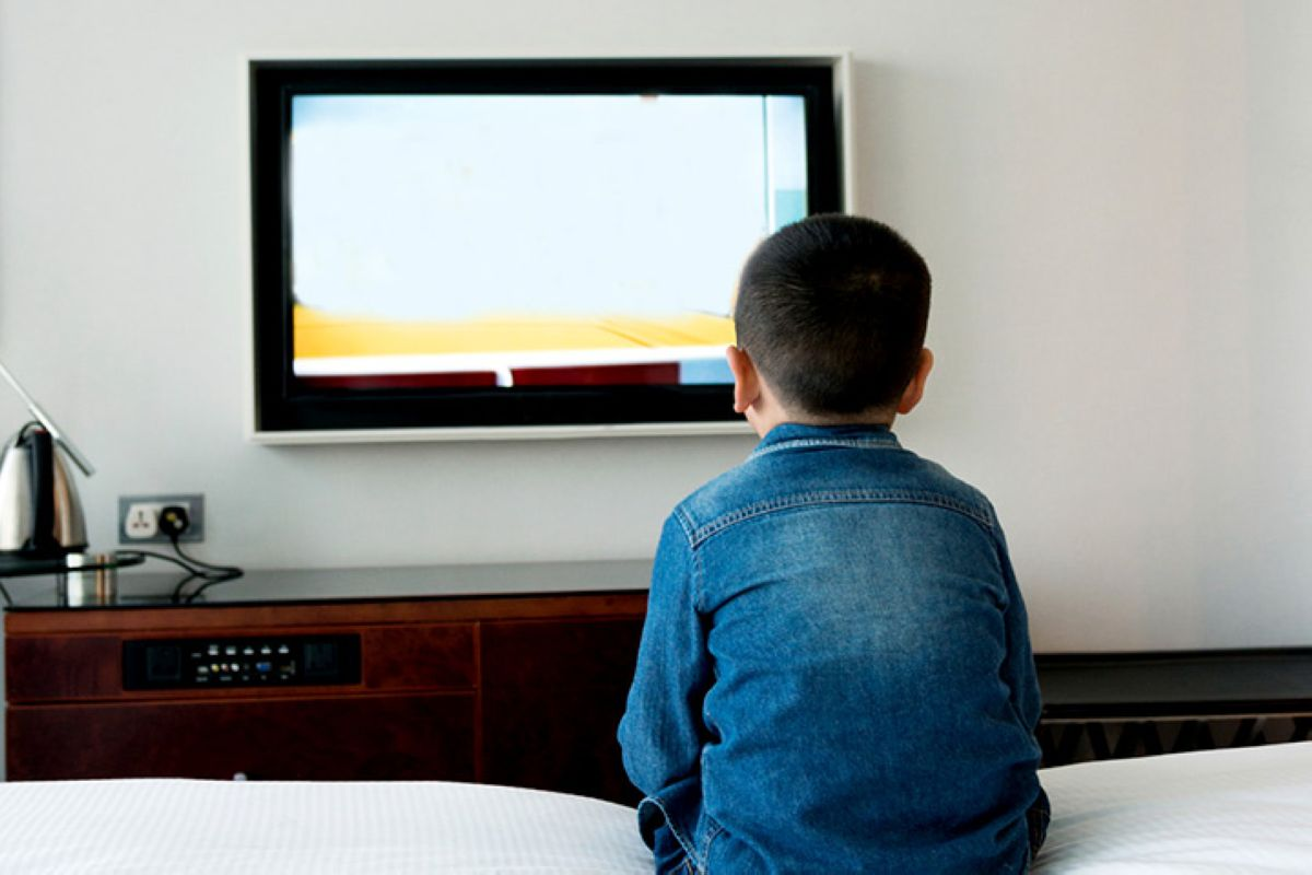 Good And Bad Effects Of Television On Children 2