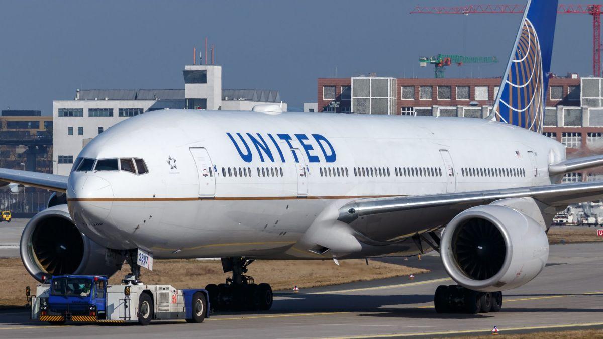 saupload N787UA United Airlines B772 2839314689670 29 scaled