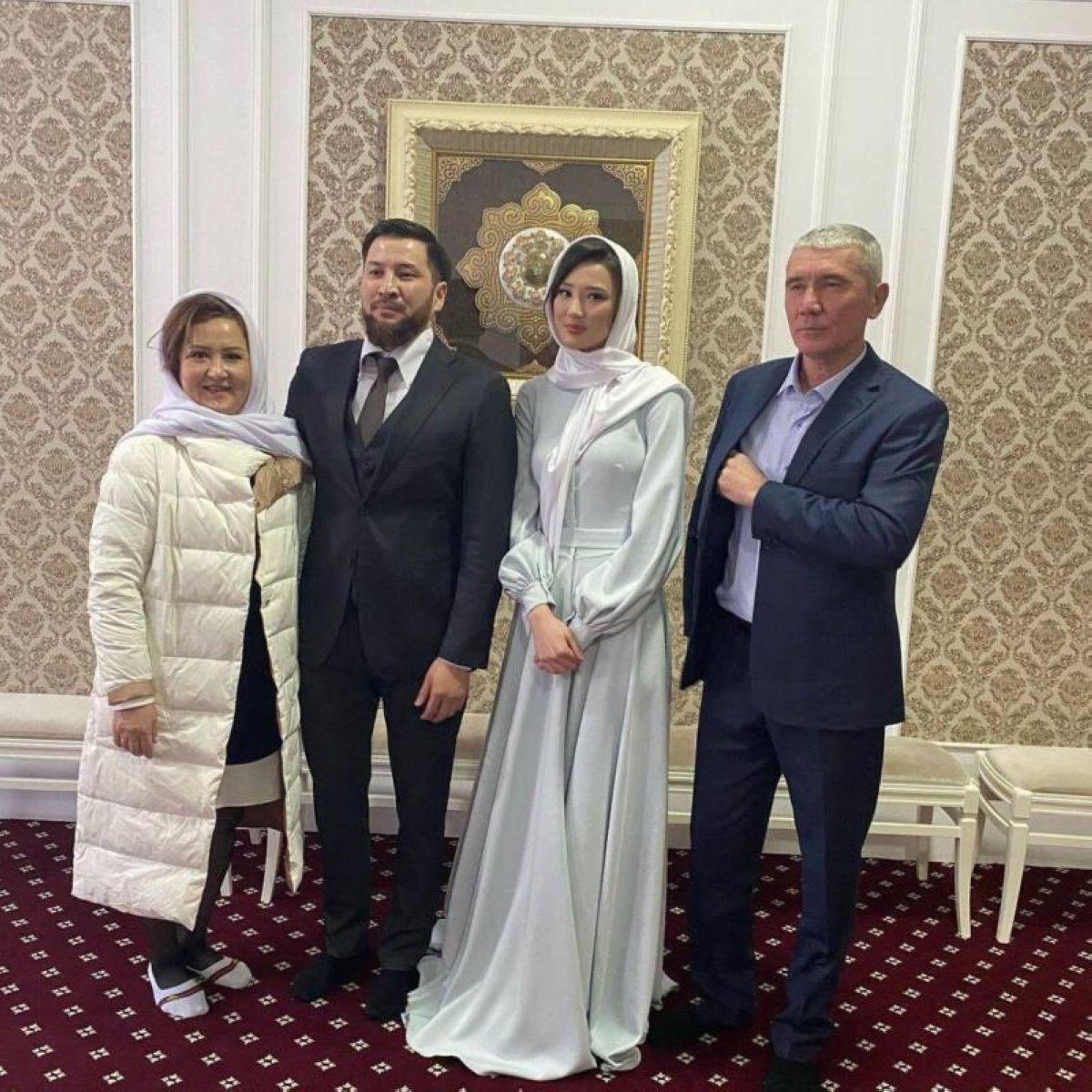 Сабина Алтынбекованың кімге тұрмысқа шыққаны белгілі болды