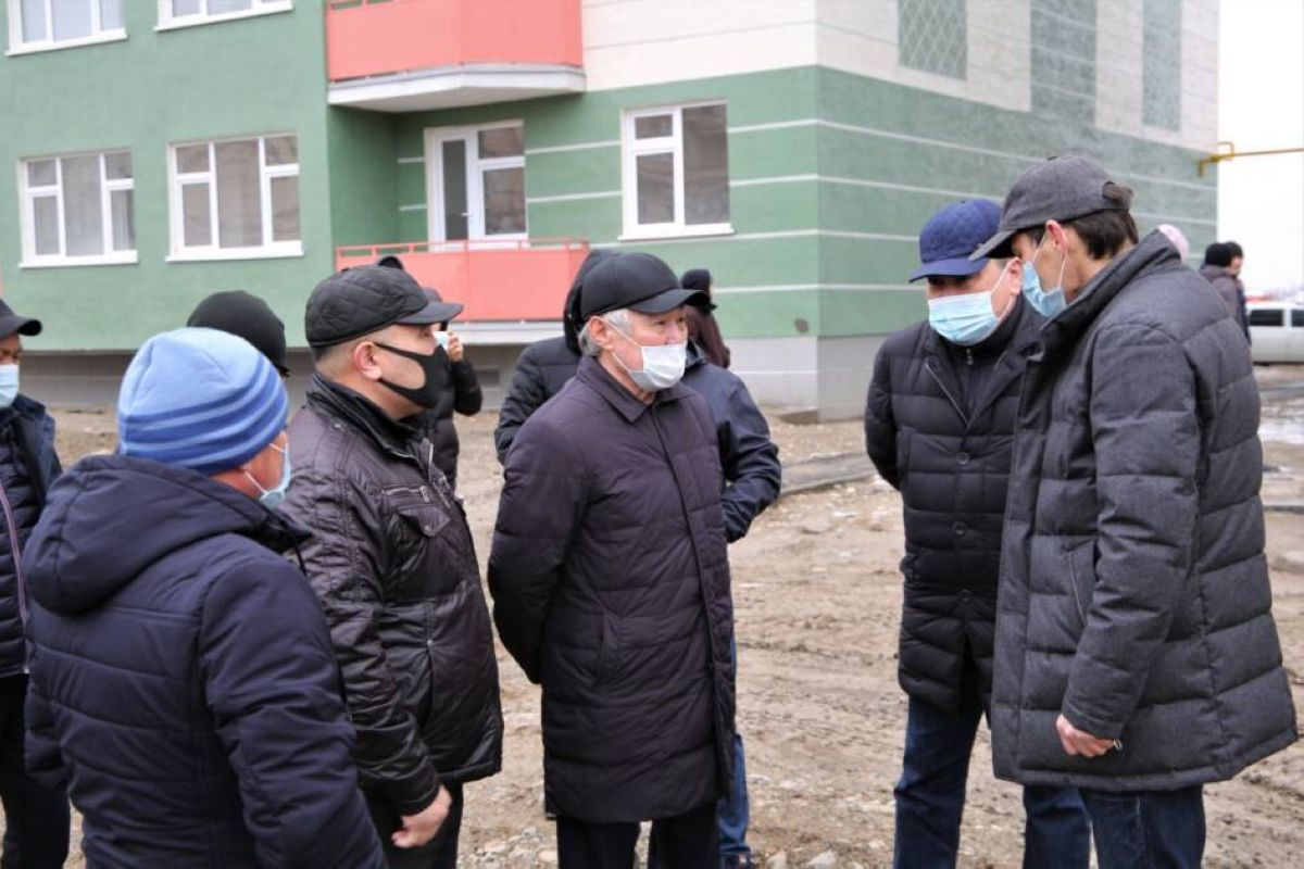 Сапарбаев: Бұл жерде құрылыс сапасына қатысты мәселе бар