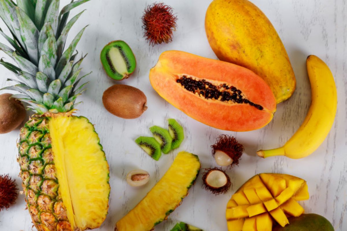 ripe juicy tropical summer seasonal fruits mango papaya pineapple kiwi bananas 73110 3129