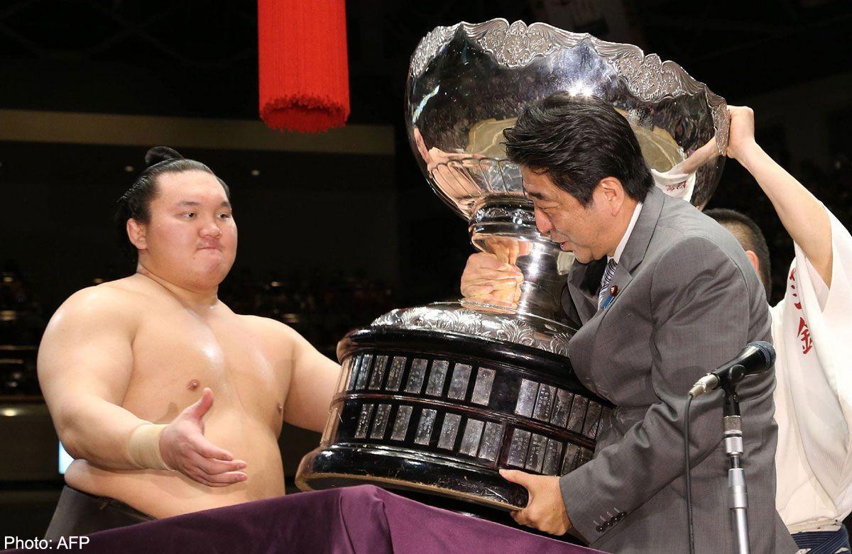 hakuho lutador de sumo 3